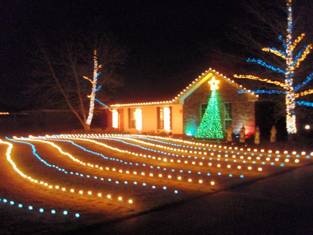 In Our 2010 Show We Added Lights And A Nativity Scene To Our Neighbors Yard  2010